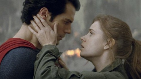 Lois Lane et Superman - Man of Steel ©Passion-cinema.com